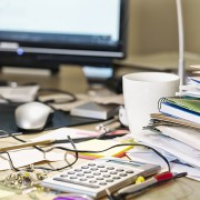 desk-clutter-a9bb75166f838a290b74b3cd1c15734cb3107df7